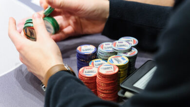 Photo of Players will get huge advantages by playing online poker games instead of offline ones
